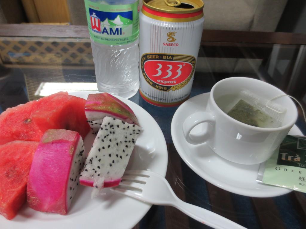 ①ベトナムビール333