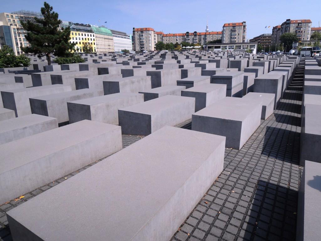 「ユダヤ人犠牲者記念館」