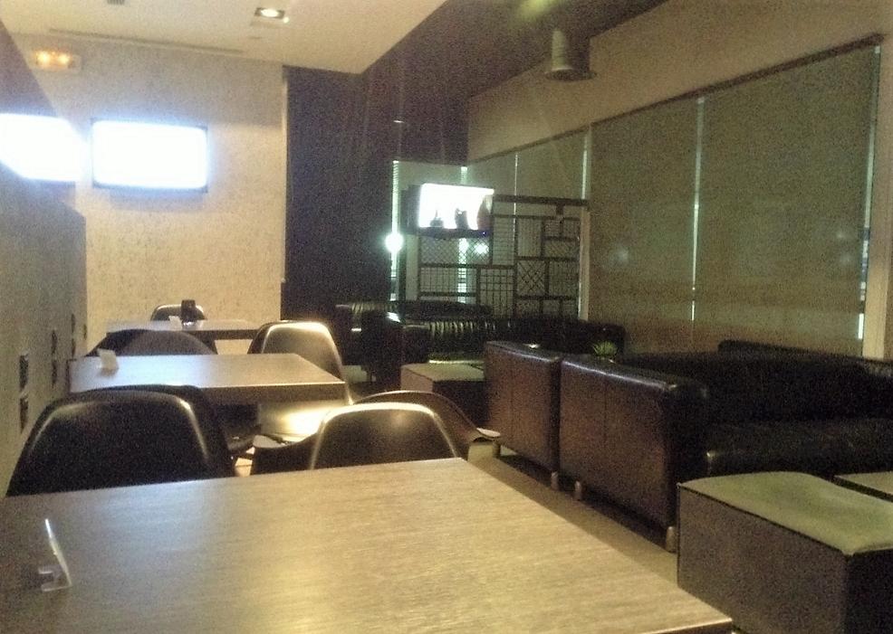 イラクリオン国際空港 Flocenia Lounge ラウンジ内