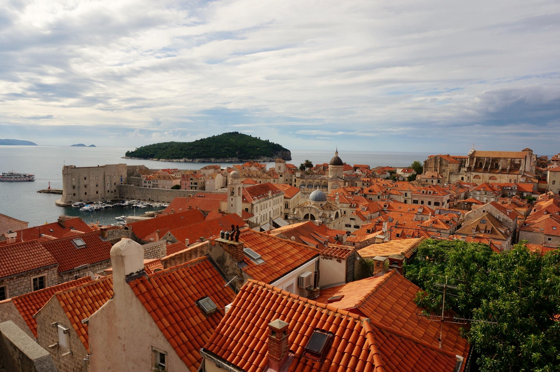 英国語学留学前の半年間でANAのマイレージを貯め渡英、クロアチアで途中降機も。