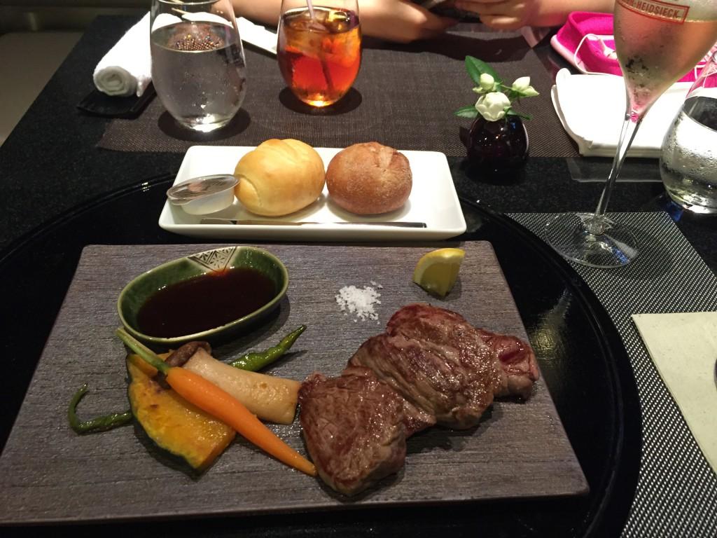 羽田空港 ANAスイートラウンジの食事