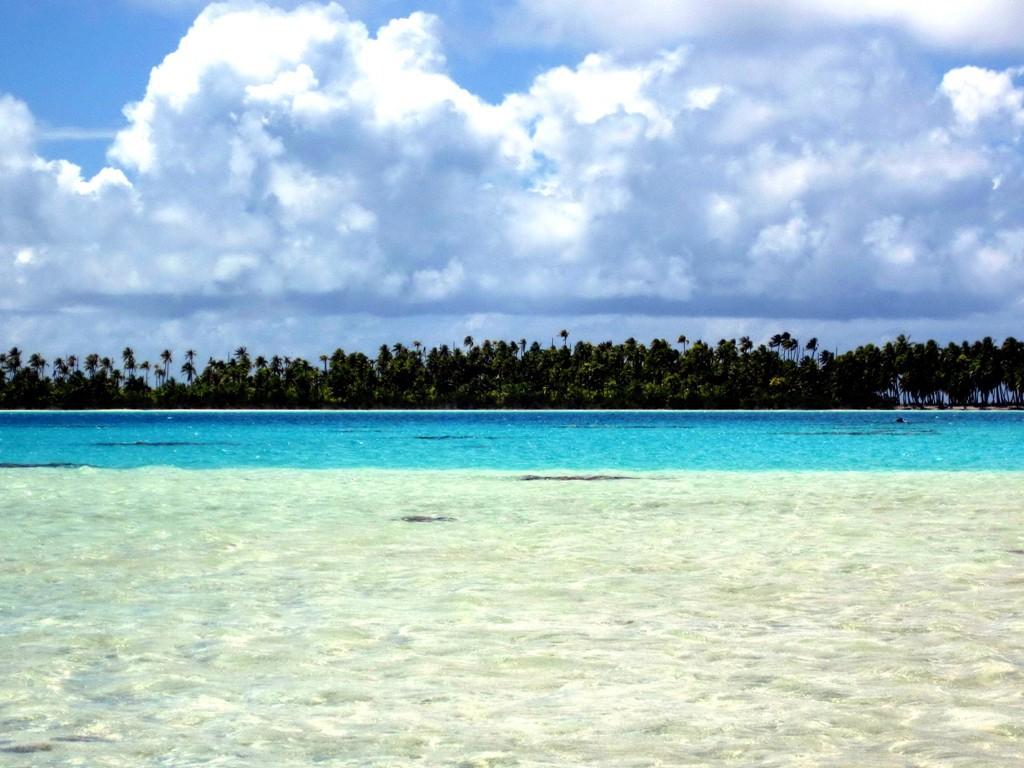 GNolly20150927-2件目タヒチランギロア島ブルー・ラグーン