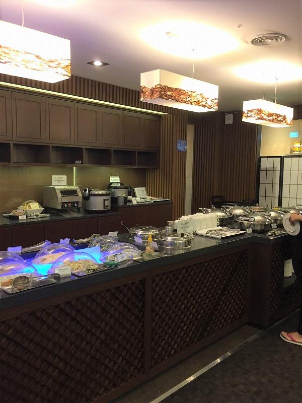 仁川空港のスカイハブラウンジ(Sky Hub Lounge) ビュッフェ