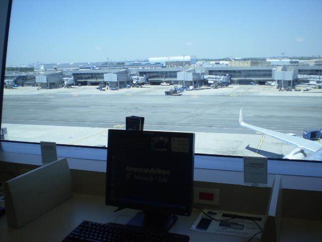 JFK空港のターミナル8