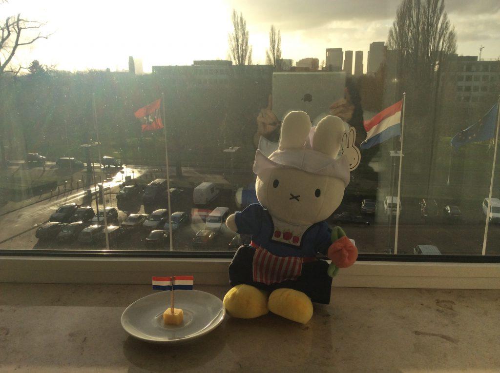 ベネチアの後に訪れたオランダ・アムステルダム。ミッフィーちゃんと名物、ゴーダチーズです。