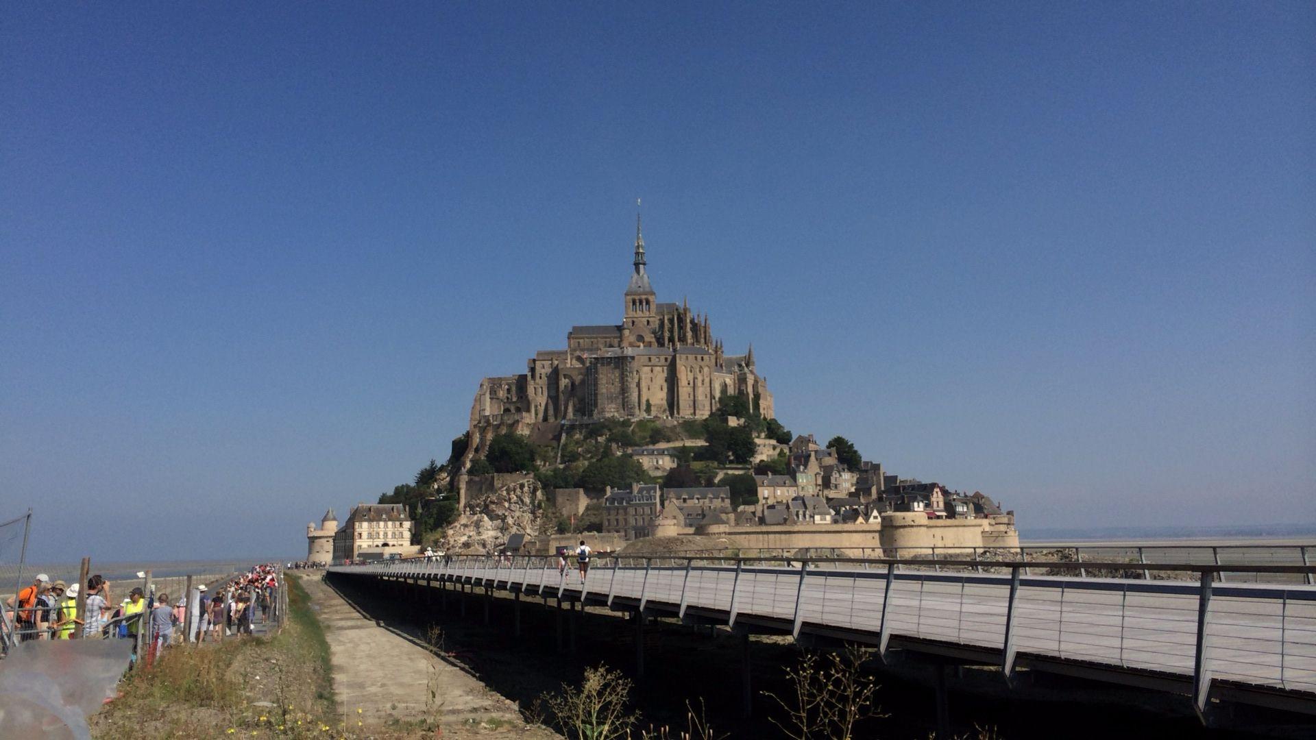 定価約450万円の航空券をマイルで獲得、夏のパリへ家族旅行!