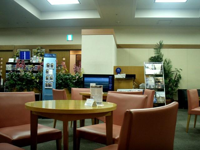 空港に早く着いたときに助かるクレジットカード会社ラウンジ